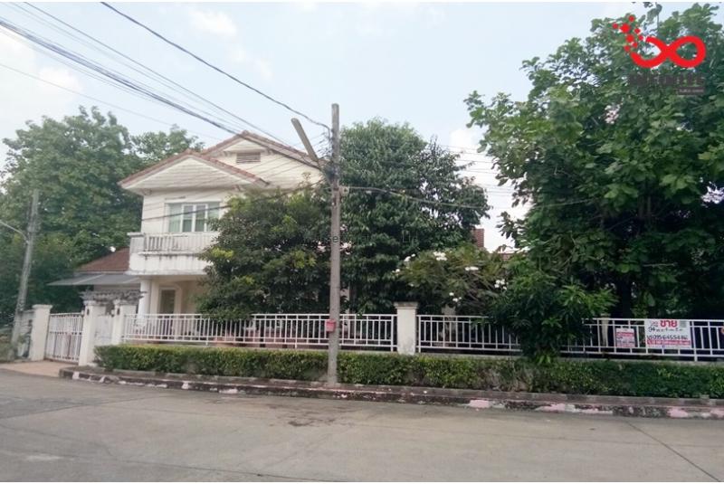บ้านเดี่ยว 2 ชั้น หมู่บ้านมัณฑนา ซอยพระยาสุเรนทร์ 26