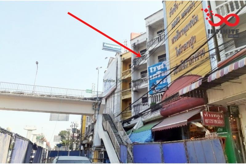 าคารพาณิชย์ 4.5ชั้น 2คูหา ติดถนนสีหบุรานุกิจ  ใกล้ตลาดมีนบุรี ทำเลดี