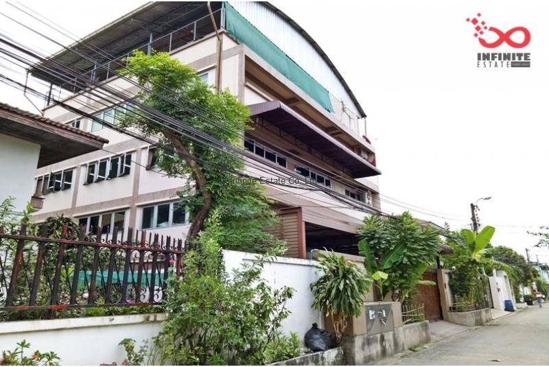 ขายตึกสำนักงาน 4ชั้น 100 ตารางวา ซอยสตรีวิท 2 ถนนประเสริฐมนูกิจ