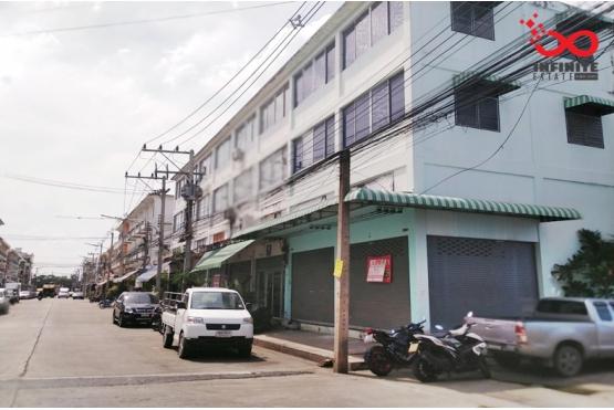 82329, อาคารพาณิชย์ 3.5 ชั้น 2คูหาตีทะลุ บ้านเบญจทรัพย์ ถนนรังสิต-นครนายก คลอง6