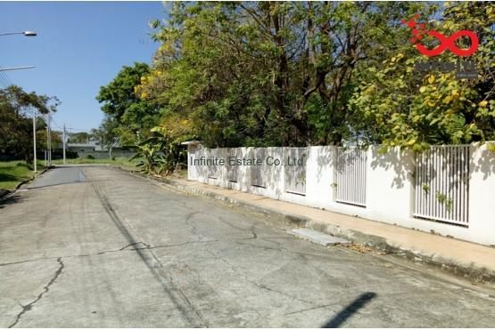 82363, ที่ดิน 112 ตารางวา หมู่บ้านเอกบุรี ซอยรามอินทรา103/1