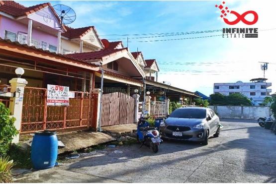 82801, ทาวน์เฮ้าส์ 2 ชั้น หมู่บ้านกิตตินคร ถนนวัดบางบ่อ ใกล้ทางด่วนบูรพาวิถี